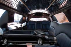 Lincoln MKT Stretch (1 to 10 Passengers)